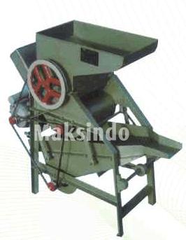 Mesin Pemecah (Pengupas) Kulit Kacang